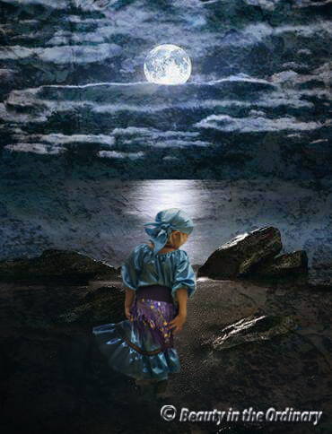 little_fortune_teller_in_moonlight